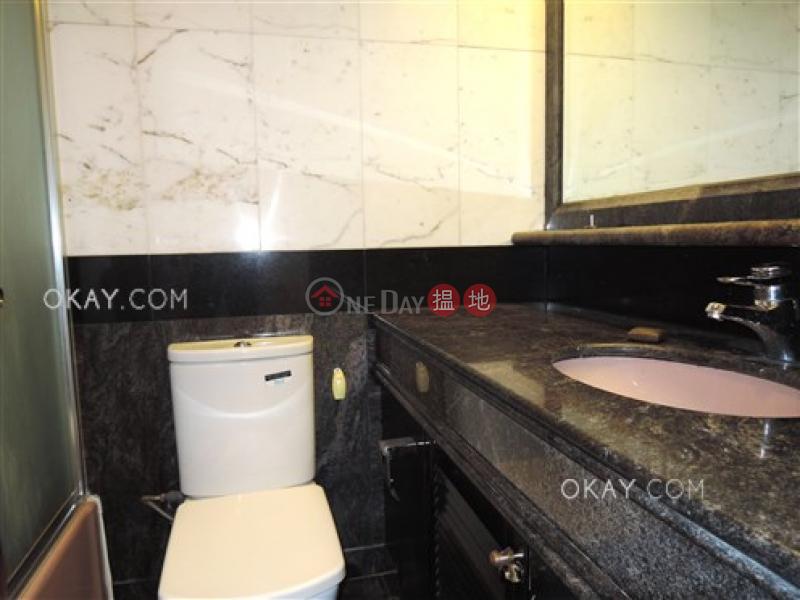 2房1廁,星級會所,可養寵物《曉峰閣出租單位》|曉峰閣(Hillsborough Court)出租樓盤 (OKAY-R23233)