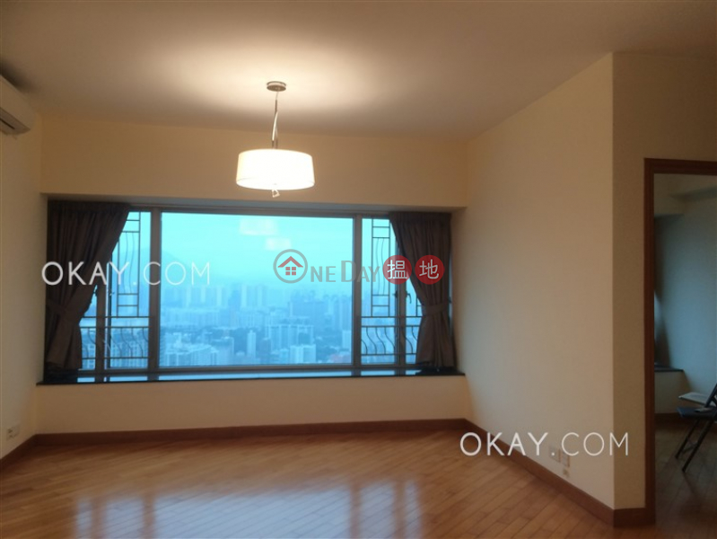 Exquisite 3 bedroom on high floor | For Sale | 1 Austin Road West | Yau Tsim Mong | Hong Kong | Sales | HK$ 35M