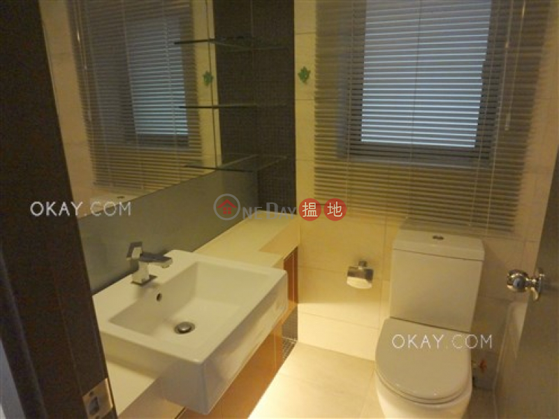 Nicely kept 3 bedroom with sea views & balcony   For Sale   Tower 1 Grand Promenade 嘉亨灣 1座 Sales Listings