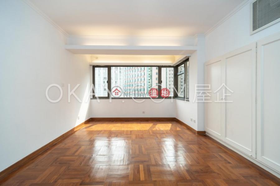 香港搵樓|租樓|二手盤|買樓| 搵地 | 住宅出售樓盤4房3廁,連車位,露台《羅便臣道1A號出售單位》