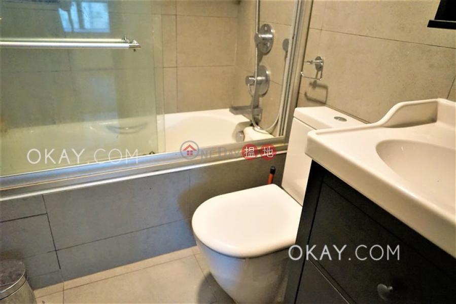 HK$ 30,000/ 月 駿豪閣-西區-2房1廁,可養寵物《駿豪閣出租單位》