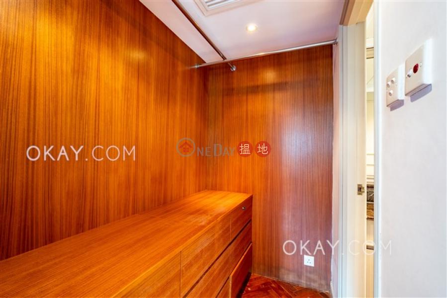 HK$ 42,000/ 月愛富華庭-西區|3房2廁,可養寵物,連車位《愛富華庭出租單位》